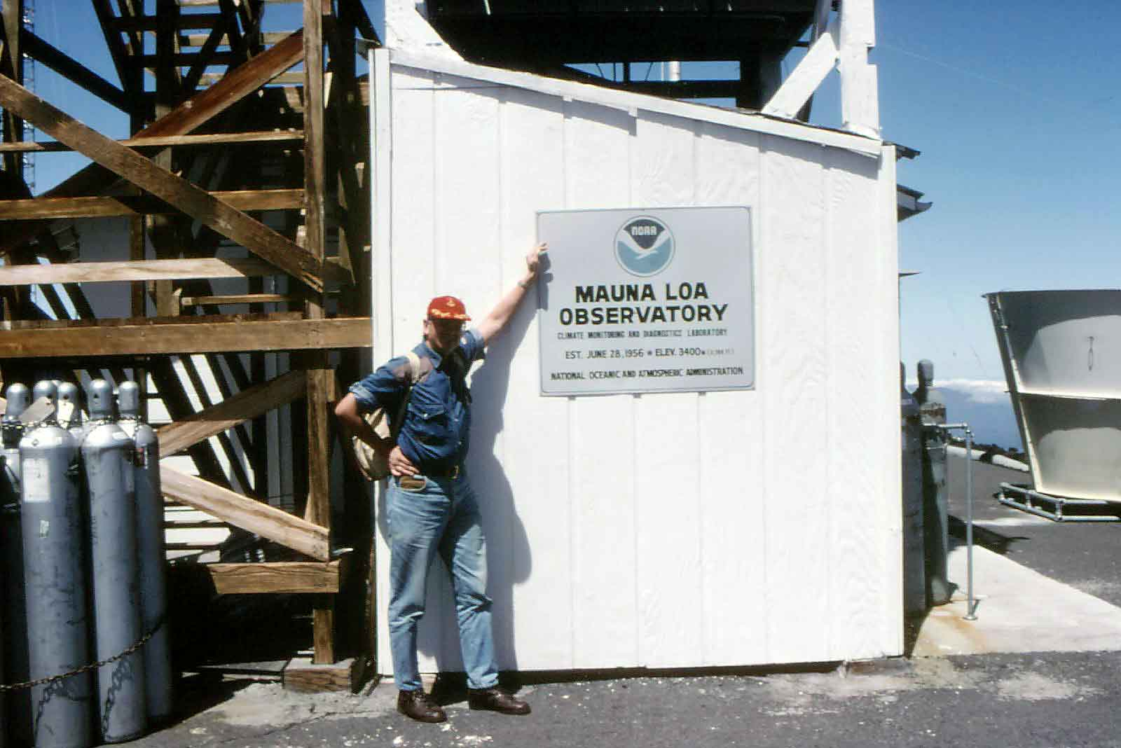 Download my abstract 'The amount of non-fossil CO2 in the atmosphere' (PDF; 33 kbytes). The photograph shows me at the Mauna Loa Observatory in Hawaii.